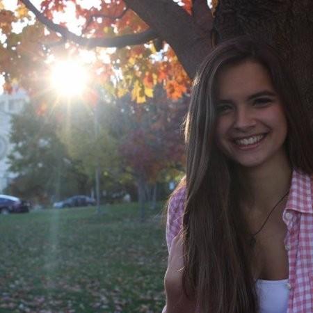 Cecilia Santis
